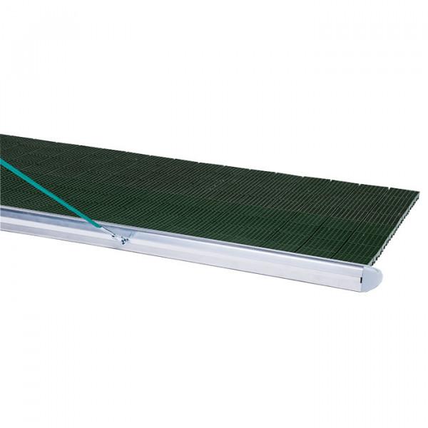 Schlepprost Grün, Detailansicht Ebnungsprofil Aluminium.